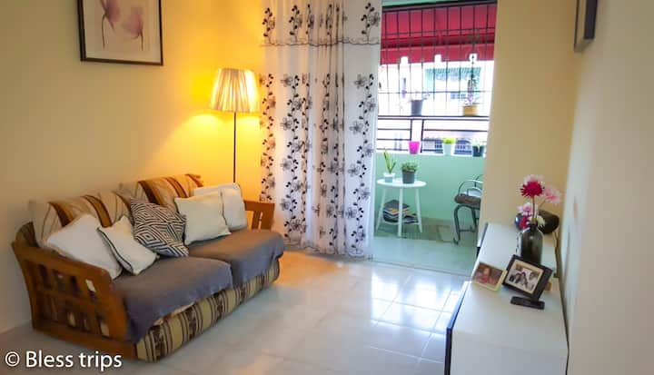Private Room, Cozy Apartment & Trips