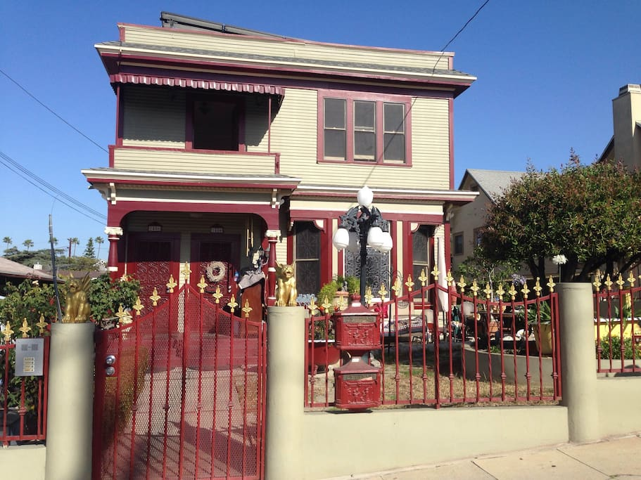 This is what the house looks like from the street. It's one of the most recognizable and unique houses in Silverlake. The entire top floor will be yours. My sweet and amazing landlord lives below. She'll get you the keys and help you out with anything.