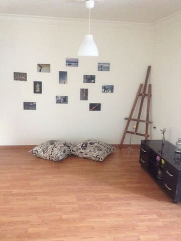 2 bdroom flat which is central and has green view! - Konak
