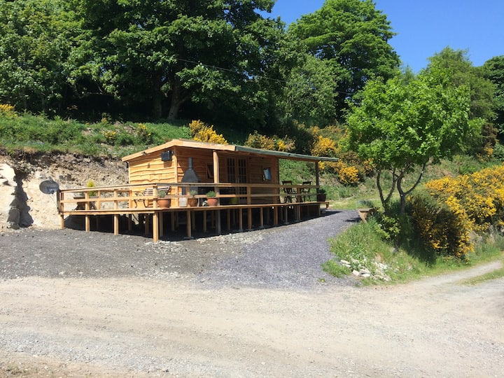 Luxury Welsh Wooden cabin. Home of the Red kites.
