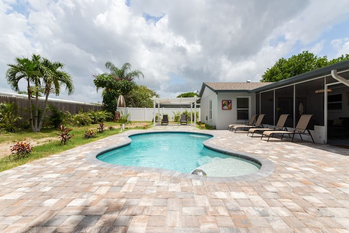 Heated Pool Private Vacation Family Beach Home