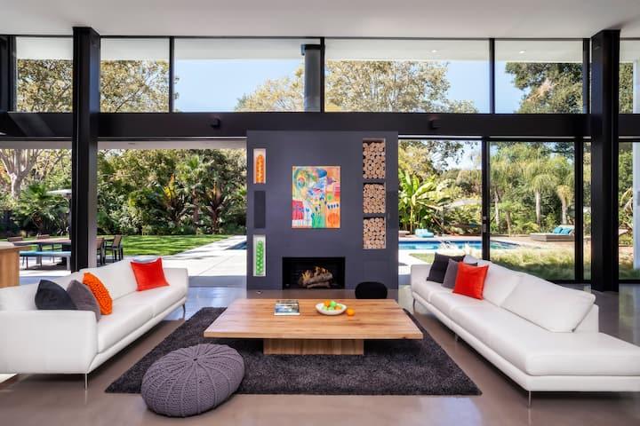 luxury modern house in Palo Alto