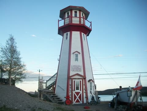 The Lighthouse Inn, Awesome view and experience!