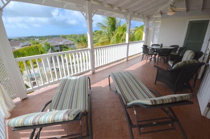 Ocean Views & Lots of Breeze Vuemont Resorts 247