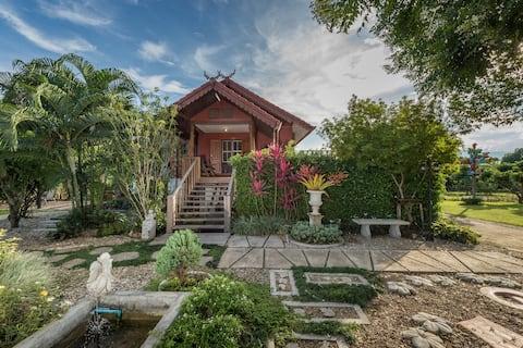 บ้านอิงฝาง - บ้านทรงไทยดั้งเดิม