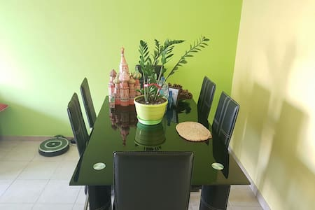 Room in tourist area by the beach. - Agios Tychon - Apartment - 2