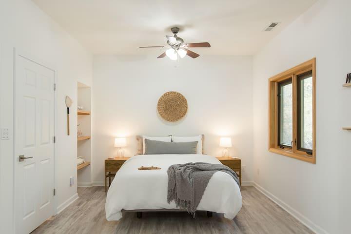 Bedroom - sleep easy in this queen TEMPUR-Cloud® Mattress w/ adjustable frame