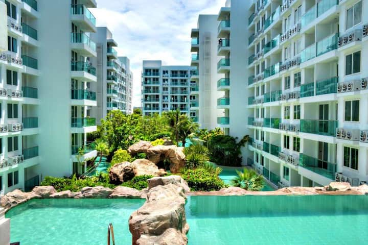 Pattaya Amazon Residence Condo/Near Beach & Wifi