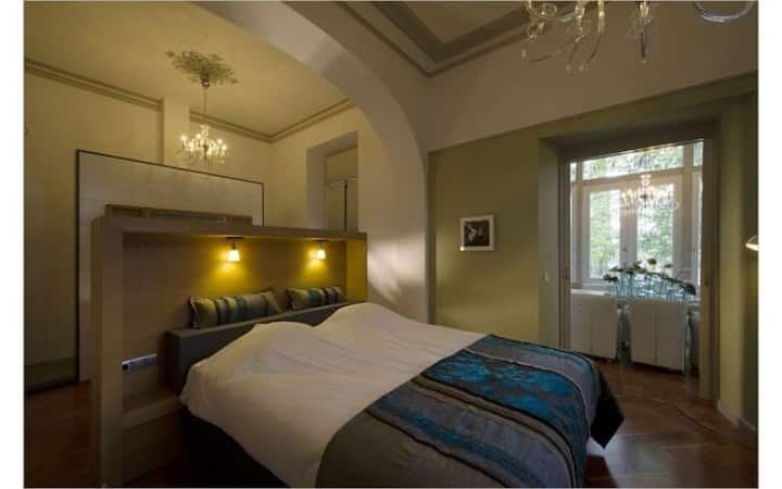 Luxury suite with breakfast in villa in the center of Valkenburg