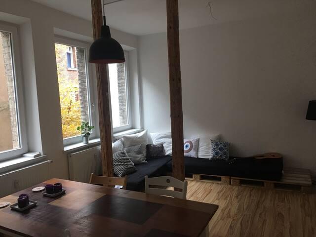 Cozy & Quiet Apartment, Nuremberg Center - Nürnberg - Apartament