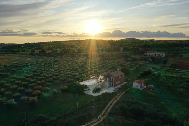 VILAVAL Relaxing private estate 5 min to Pula &sea