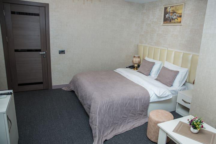 Baku Style Hotel (double room_1)