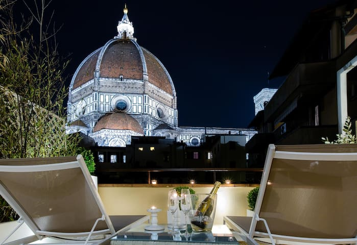 Spectacular private terrace Duomo  - Firenze - Lejlighed