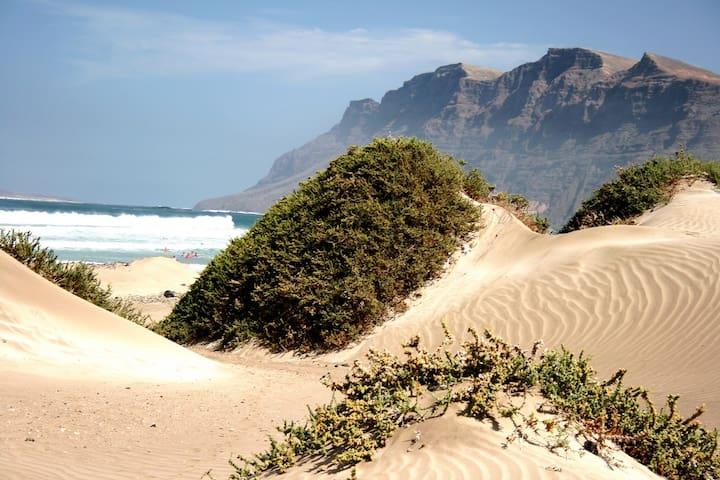 Playa De Famara.