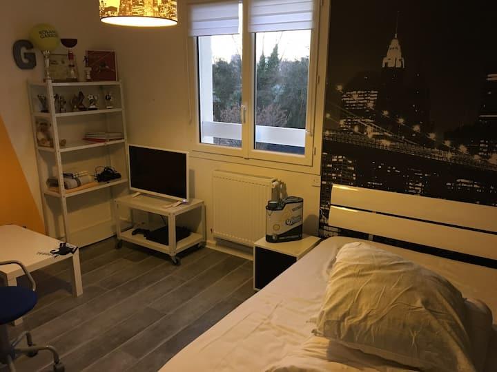 Loue chambre tout confort