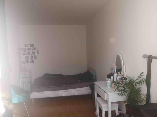 Chambre privée Paris 10