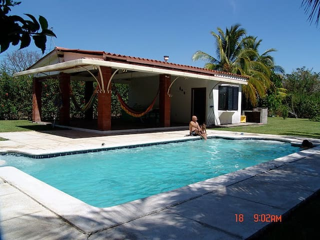 Lovely vacation home at Villas de Salinitas III - Acajutla - Feriehus