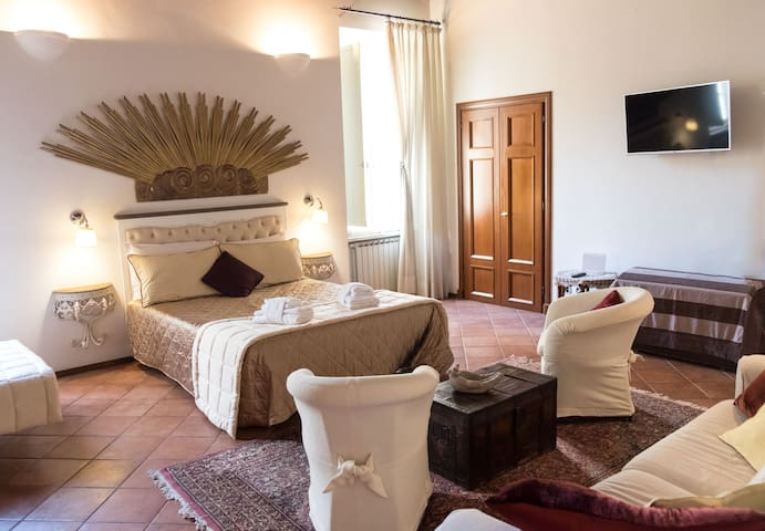 Spanish Steps Frattina Suite