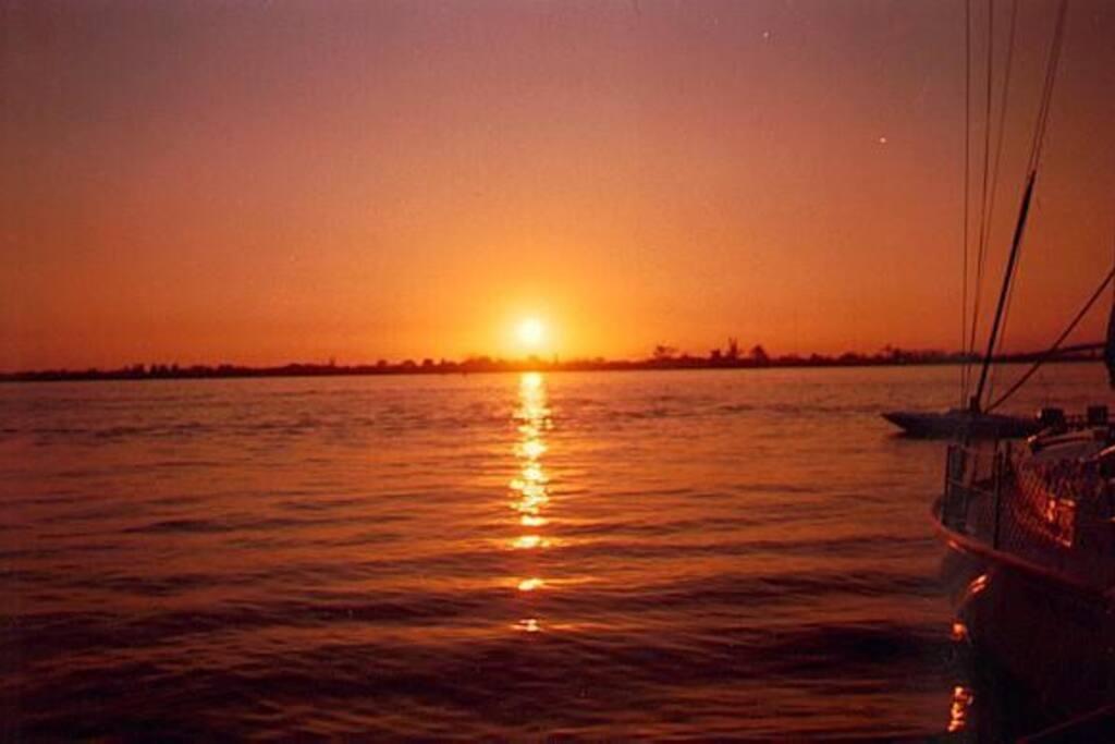 por do sol do Rio Guaíba