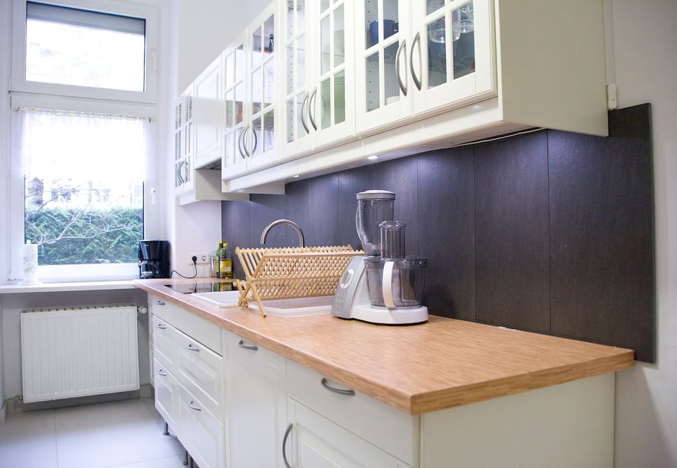 Kitchen is modern ... with induction plate, dishwasher, coffee machine, food processor, microwave, oven, warming plate and refridgerator...