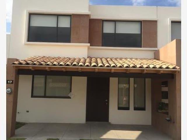 Habitación en lomas - Cholula de Rivadabia
