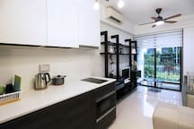 ENTHRALLING 2 BR IN SIMS DRIVE
