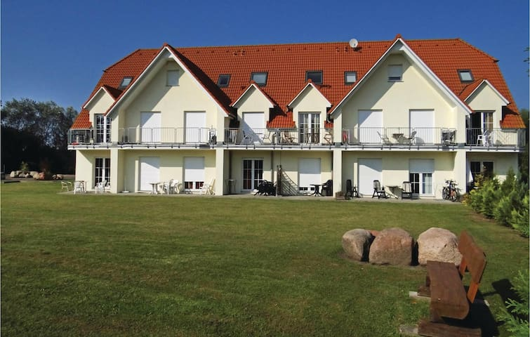 Holiday apartment with 2 bedrooms on 46m² in Insel Poel/Gollwitz