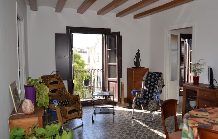 Incredible price in August:  600 euros!!!