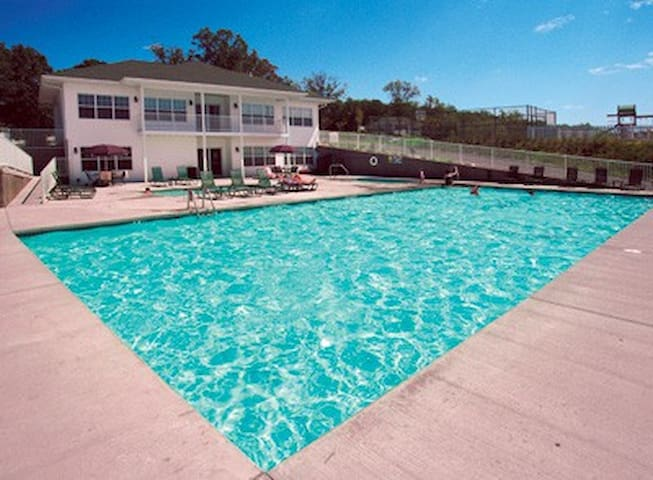 Midwest-MO-Lake of the Ozarks 3 Bdrm Condo