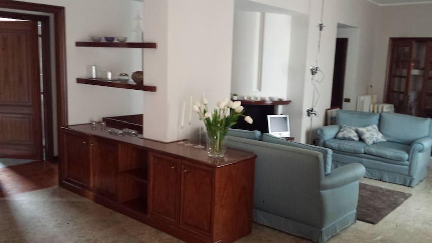 B&b Piazzetta appartamento luminoso con terrazza - Fermo - Bed & Breakfast