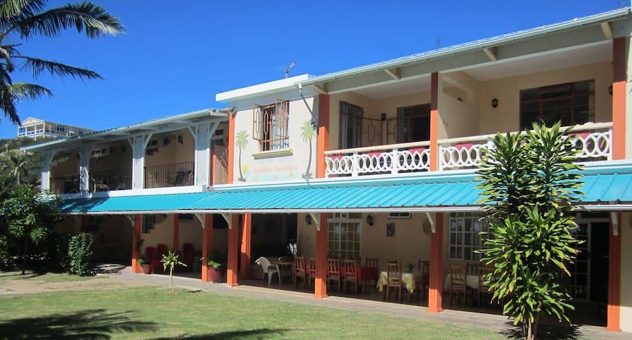 Rodrigues Coco Villa- Piment
