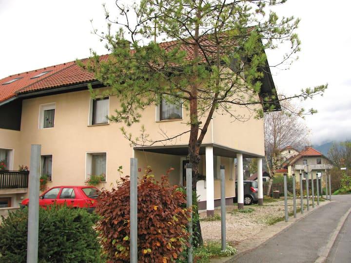 Apartment Iška Frančiška Benkovič - sobodajalka