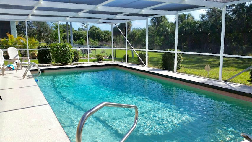 Rotonda West with Pool Near Gorgeous Beaches - Houses for ...