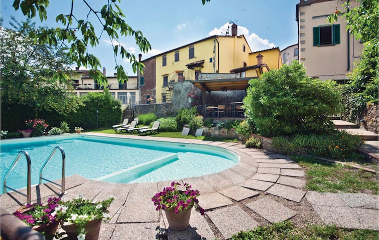 Holiday apartment with 2 bedrooms on 68m² in Boccheggiano GR