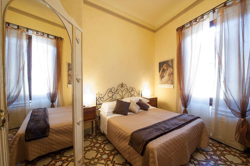 luminosa d accogliente camera Michelangelo, con la possibilità di un terzo letto
