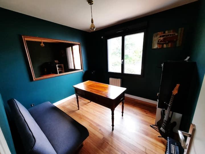 Chambre 3 dans Magnifique maison au sud de Pau