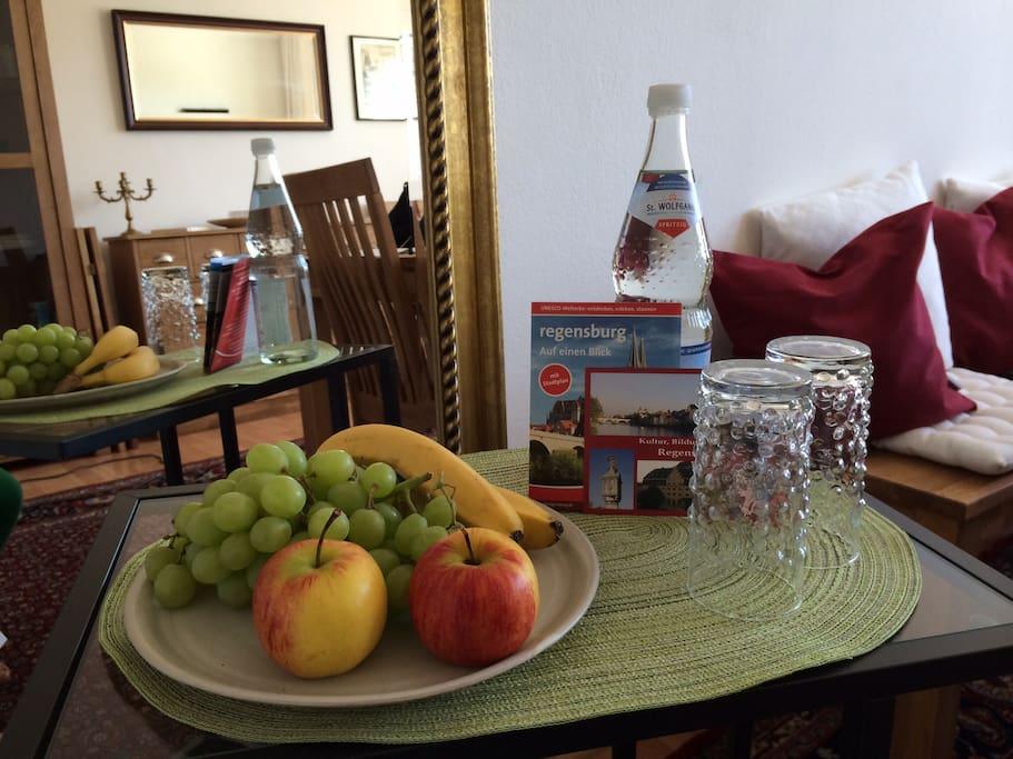 helles appartement in regensburg wohnungen zur miete in regensburg bayern deutschland. Black Bedroom Furniture Sets. Home Design Ideas
