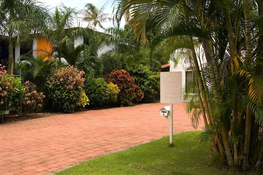 Entrance to Steeles B&B with tropical gardens