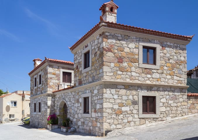 ★Stone House★ Close to Alaçatı ★ - Ovacık - Huis