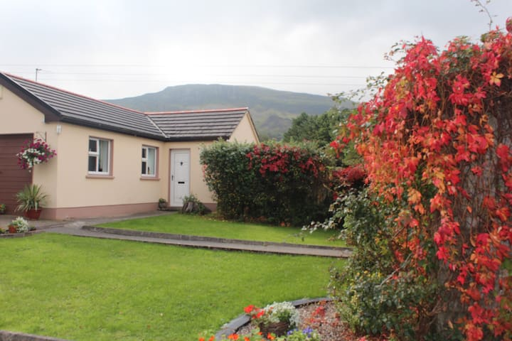 Mountain View Holiday Apartment - Bundoran - Appartement