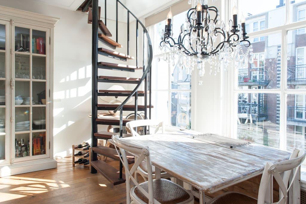 Chambre confortable avec salon commun appartements for Salon confortable