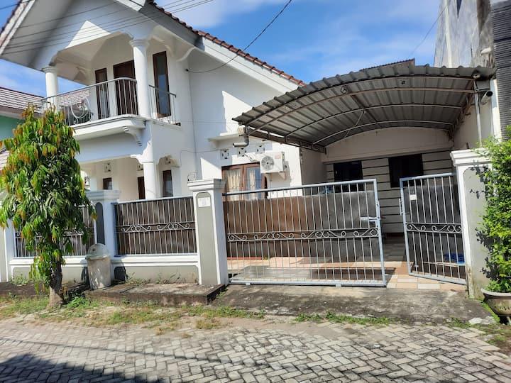 Maison dans résidence privée et surveillée
