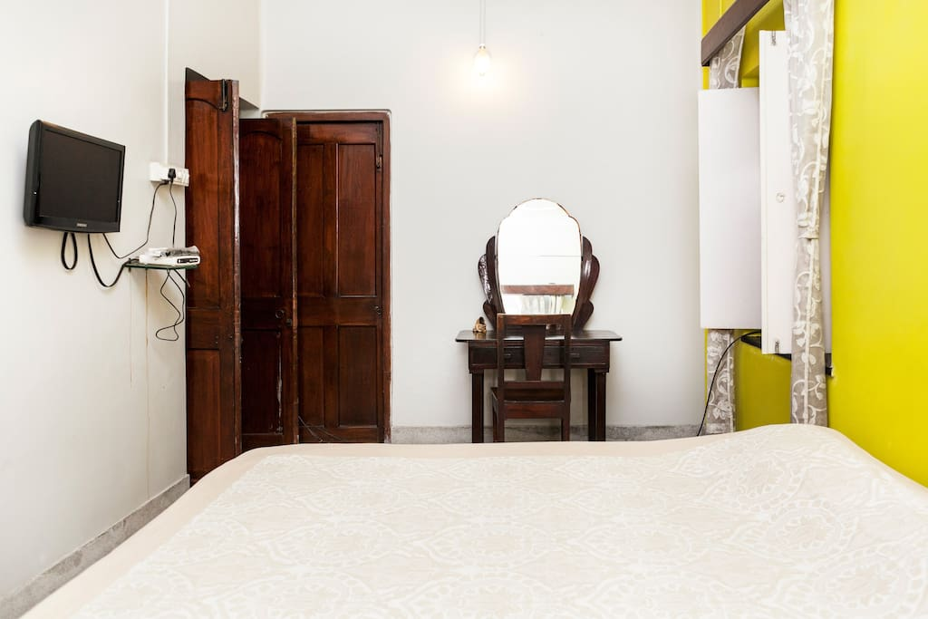 Convenient Comfort in South Kolkata