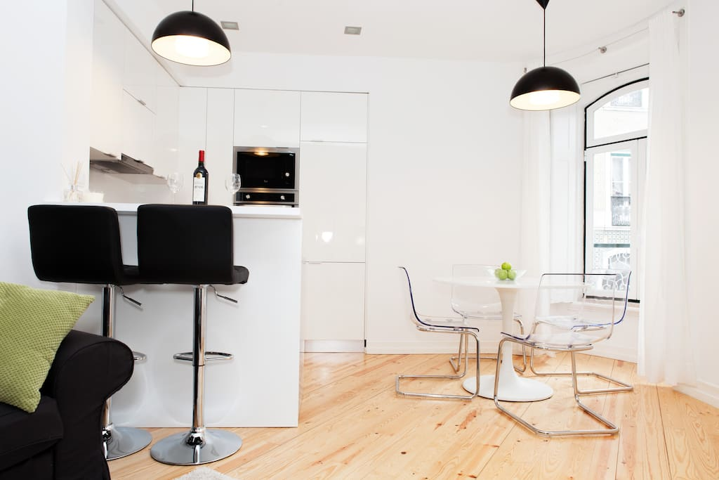 Kitchen Bar + Dining Table