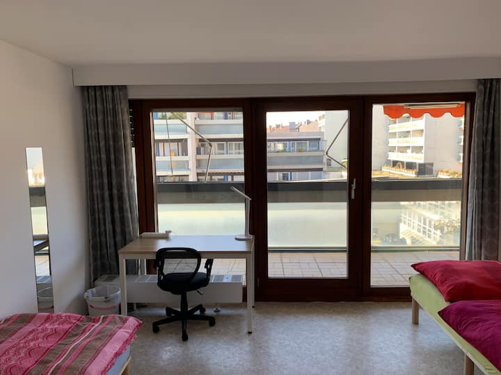 Nice, cosy and central apartment with big balcony