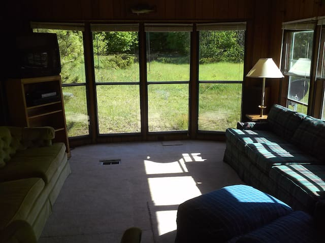 1/2 Mile To Glen Lake, Burdickville - Maple City