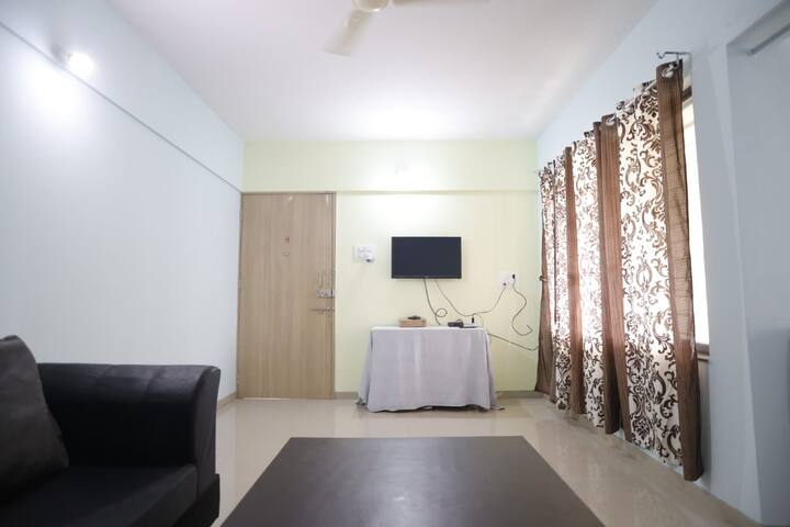 2BHK Spacious  fully furnished flat in Baner