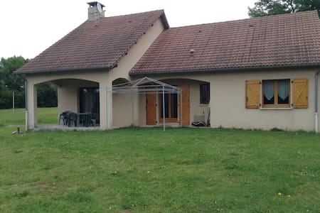 Maison de campagne en Corrèze