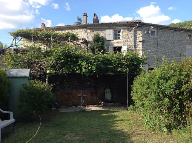 Maison en Ardèche méridionale  - Vogüé - Casa