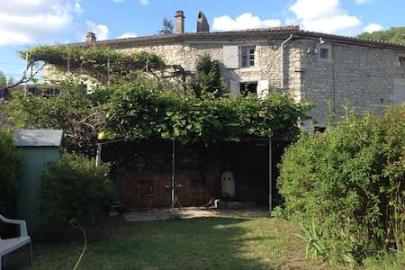 Maison en Ardèche méridionale  - Vogüé - Rumah